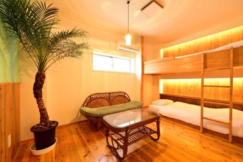 ホステル チルアウトにある二段ベッド