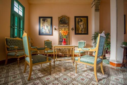 Uma área de estar em Casa Habana