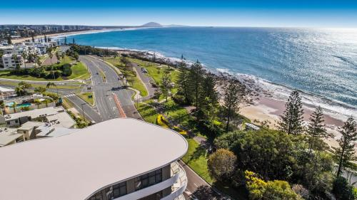 A bird's-eye view of Breeze Mooloolaba, Ascend Hotel Collection