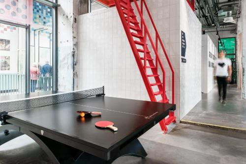 Ping-pong facilities at The Student Hotel Maastricht or nearby