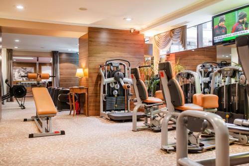 The fitness center and/or fitness facilities at Amberton Hotel Klaipeda
