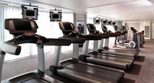 The fitness center and/or fitness facilities at Le Meridien Al Khobar