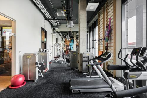 The fitness center and/or fitness facilities at Comfort Hotel LT - Rock 'n' Roll Vilnius