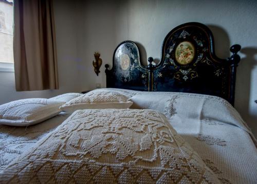 Antica Dimora La Corona San Pantaleo, Italy