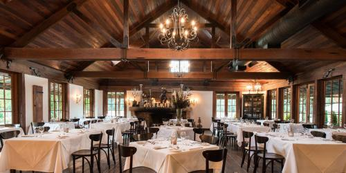 A restaurant or other place to eat at The Convent Hunter Valley Hotel