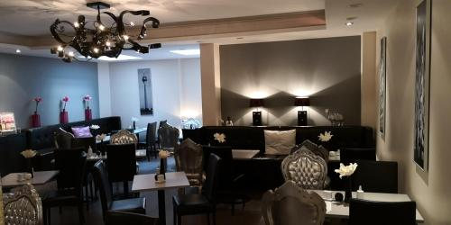 A restaurant or other place to eat at Hotel Lindenhof