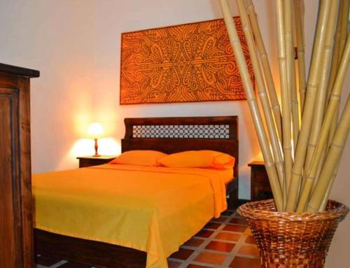 A bed or beds in a room at Casa Ruta Sur