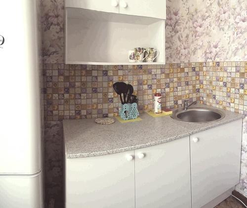 Кухня или мини-кухня в Серышева 34