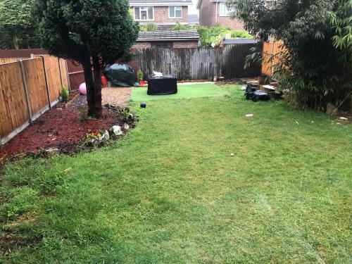 A garden outside 2 Stubbs Close