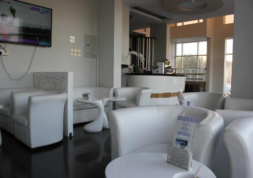 O lounge ou bar de Orient House