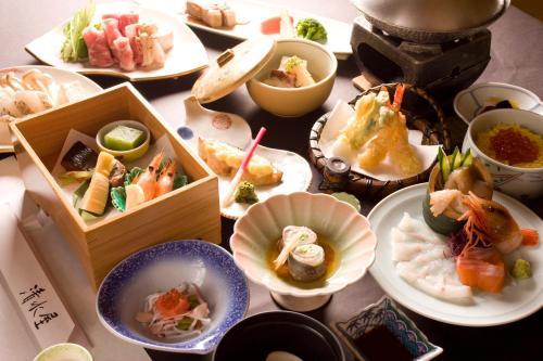 傳統日式旅館或附近的食物