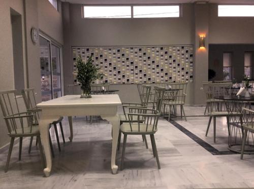 Εστιατόριο ή άλλο μέρος για φαγητό στο Ξενοδοχείο Φουρτούνης