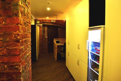 Кухня или мини-кухня в Хостел «Бокстел»