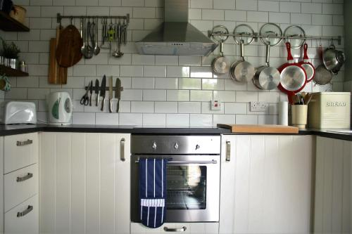 A kitchen or kitchenette at Mousetrap