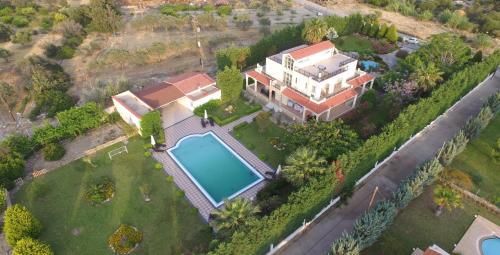 Widok z lotu ptaka na obiekt Royal Classico Villa