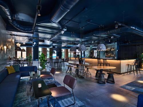 De lounge of bar bij The Lancaster Hotel Amsterdam
