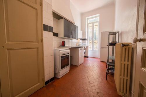 A kitchen or kitchenette at NOCNOC - Le Liberté