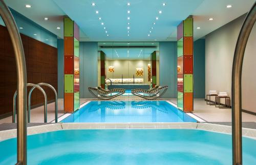 The swimming pool at or near Le Meridien Vienna