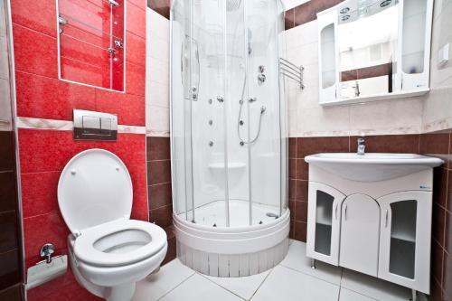Ванная комната в Марьин Дом на Союзной, 2