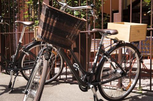 Biking at or in the surroundings of Hôtel Du Dragon