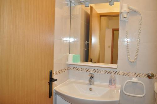 Kúpeľňa v ubytovaní Apartments Ljubica
