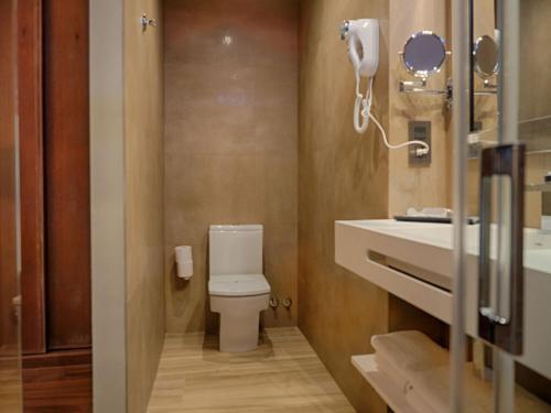A bathroom at Hostal San Andres