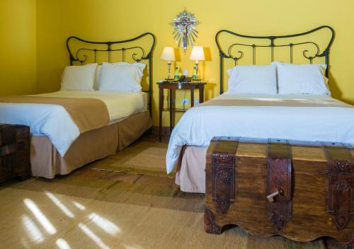 A bed or beds in a room at Patios De Cafayate