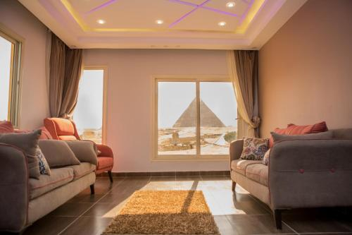 A seating area at Hayat Pyramids View Hotel