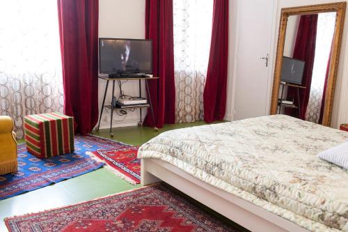 Un ou plusieurs lits dans un hébergement de l'établissement 46FM : Montauban Guest House