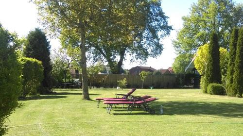 A garden outside Pension Heuer