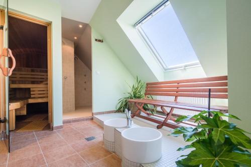 A bathroom at Best Western Hotel Am Straßberger Tor