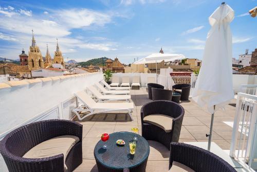 A balcony or terrace at Exe Málaga Museos