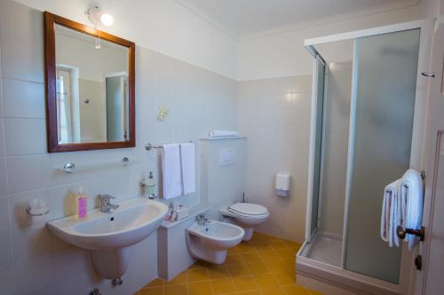 A bathroom at Agriturismo Cascina Ponchietta