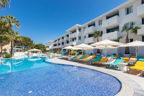 Piscine de l'établissement Sotavento Club Apartments - Adults Only ou située à proximité