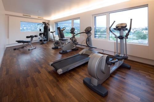 Das Fitnesscenter und/oder die Fitnesseinrichtungen in der Unterkunft Hotel Penz West