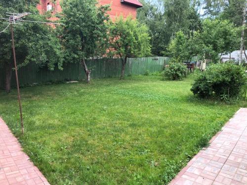 Сад в Шеремотель
