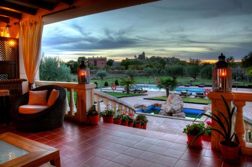 Vista de la piscina de Hostería de Guara o alrededores