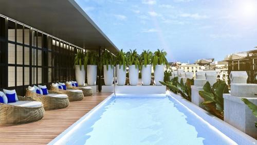 A piscina localizada em Monument Hotel ou nos arredores