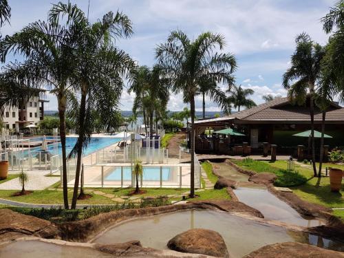 A piscina localizada em Life Resort K ou nos arredores