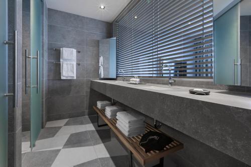 A bathroom at Adriana Hvar Spa Hotel