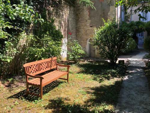 Hotel Villa Du Parc Nevers, France