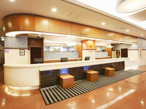 The lounge or bar area at APA Hotel Sapporo Susukino Ekinishi