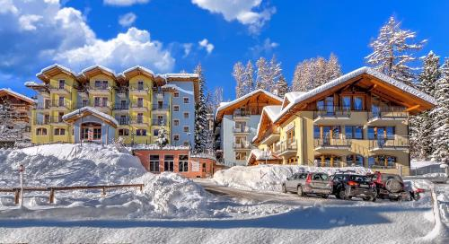 Hotel Negritella during the winter