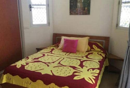 Cama ou camas em um quarto em Bungalow Heipoe