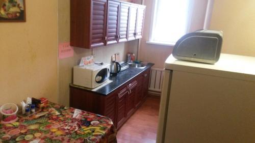 Кухня или мини-кухня в Комфорт Чита