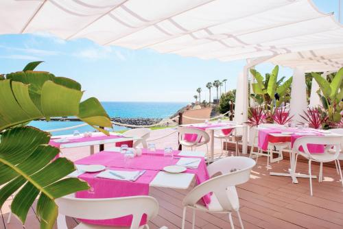A restaurant or other place to eat at Iberostar Selection Anthelia