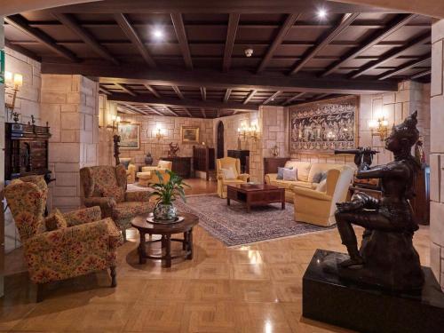 Lobbyn eller receptionsområdet på Hotel Bon Sol Resort & Spa