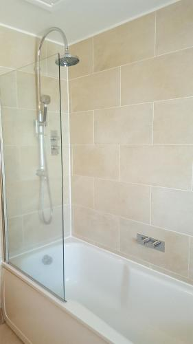 A bathroom at Breton House