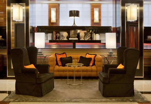 En sittgrupp på Starhotels Ritz