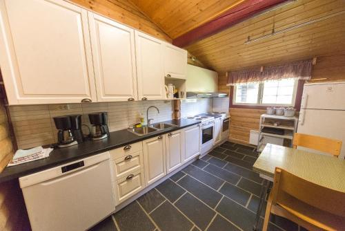 Kjøkken eller kjøkkenkrok på Dombås Hostel